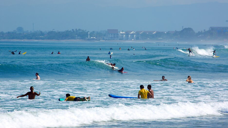 Go surfing in Kuta tour